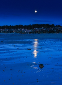 Moonrise on Nairn beach