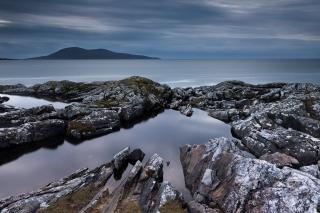 On the rocks - Harris
