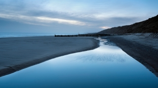 Mundesley pool dawn