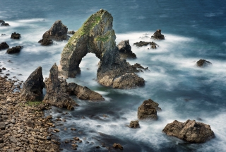 Sea arch swirls