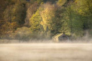 Boat house mist