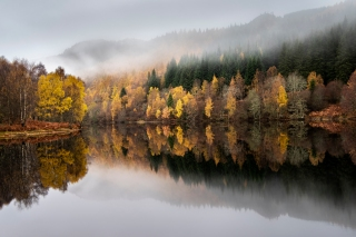 Misty autumn at Loch Tummel